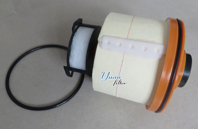 23390-0L070 Toyota Hilux fuel filter.jpg